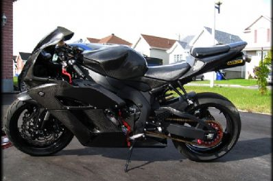 DS Performance | Automotive Accessories in Montreal | HONDA CBR1000RR CARBON FIBER | Automotive accessories specialist in Montreal offering OEM & aftermarket automotive accessories, installation and dealership direct services.